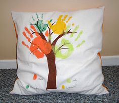Handprint pillow - I have one of these that my sister made when she was in Kindergarten and I absolutely treasure it!!!