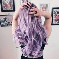 46 Purple Hair Styles That Will Make You Believe In Magic Pastell gewellte lange Frisur # pastelhaircolor Entdecken Sie trendige lila Haarfarbe Ideen. Light Purple Hair Dye, Hair Color Purple, Hair Dye Colors, Cool Hair Color, Pastel Purple Hair, Purple Hair Styles, Long Purple Hair, Light Colored Hair, Purple Bob