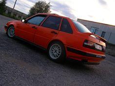 The annoying orange. Volvo 440, Thing 1, Orange