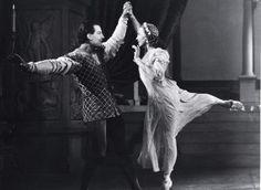 #GalinaUlanova remains the quintessential #Juliet, even 106 years after her birth: http://www.dance-teacher.com/2011/10/galina-ulanova/ #DanceHistory #ThrowbackThursday