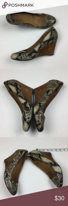 Clarks indigo snake print wedges Clarks indigo snake print wedges - GUC Clarks Shoes Wedges