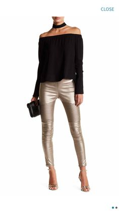Image of OOBERSWANK Coated High Rise Moto Leggings - various metallic leggings if anyone's going to be a robot for halloween Legging Outfits, Sporty Outfits, Fall Outfits, Holiday Outfits Women, 30 Outfits, Nike Outfits, Look Fashion, Autumn Fashion, Fashion Outfits