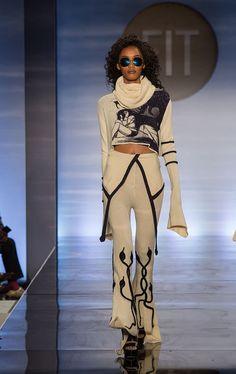 Grecia Rodrigues: knitGrandeur: FIT The Future of Fashion 2017, Knitwear. Photo: © 2017 Lorenzo Ciniglio