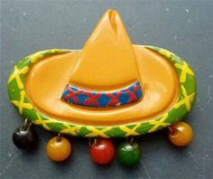 Vintage Costumes A fun vintage Bakelite sombrero brooch. Vintage Costume Jewelry, Vintage Costumes, Vintage Outfits, Victorian Jewelry, Antique Jewelry, Vintage Jewelry, Gold Plated Bangles, Plastic Jewelry, Ring Verlobung