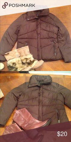 Winter jacket by Gap Winter, snow jacket size L Gap Jackets & Coats