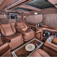South Bay Autohaus is San Diego's leading Independent Mercedes-Benz specializing in Sales, Parts, Service & Repair for over 20 years in San Diego Mercedes Benz Viano, Mercedes Van, Luxury Van, Luxury Jets, Van Interior, Truck Interior, Interior Photo, Limousine Interior, Sprinter Van