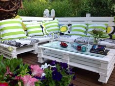 Ready! Outdoor sofa from pallets. Kierrätys sohva  kuormalava