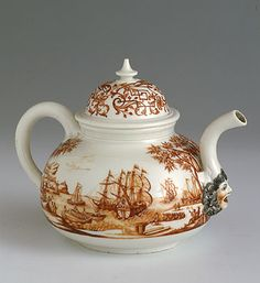 Meissen Tea Pot, circa 1725