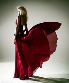 Denis Duran Couture - red flower by Stephane Delavega on Fabric Photography, High Fashion Photography, Fashion Photography Inspiration, Photoshoot Inspiration, Editorial Photography, Red Fashion, Fashion Shoot, Fashion Week, Editorial Fashion