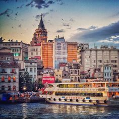 """Galata Bridge, Istanbul"" photo by @petrichor218  Galata/Beyoğlu/Istanbul #galata #bridge #beyoglu #istanbul #turkey #comeseeturkey #turkiyeodalarveborsalarbirligi #theunionofchambersandcommodityexchangesofturkey #tobb #tccb #Padgram"