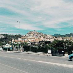 Old scalea. #unangeloinviaggio  Edit with @vscoG3  #italy #italia #calabria #scalea #volgocalabria #volgocosenza #likes_cosenza #calabriadaamare #amazing #awesome #bestoftheday #beautiful #photooftheday #photo #photography #landscape #landscapephotography #landscape_lovers #landscape_captures #vsco #vscocam #followme #seguitemi #sud