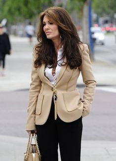 Lisa Vanderpump goes house hunting in this photo. Basic colors that look so rich together!!!