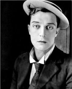 """Joseph Frank """"Buster"""" Keaton (October 1895 – February was an American comic actor, filmmaker, producer and writer. Golden Age Of Hollywood, Vintage Hollywood, Hollywood Stars, Classic Hollywood, Portraits, Portrait Shots, Silent Film Stars, Movie Stars, Buster Keaton"""