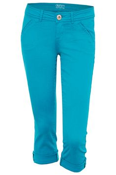 Love these bright colored jeans they are making a come back just in time for summer!!!