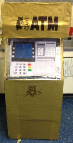 Junk modelling cash machine to use in the role play shop :)