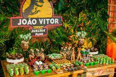 Olha que amor esta Festa Dinossauros!!Muitas fofuras nesta decoração, venha se apaixonar.Imagens do facebook D'Fest Decorações.Lindas ideias e muita inspiração.Bjs, Fabíola Teles.Mais ideias...