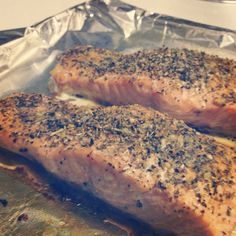 easy oven baked salmon..... I just made this for the family and it is the best salmon I've ever tasted! Small hint: A little bit of seasoning goes a long way....