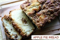 Moist and Delicious Apple Pie Bread. The yummy flavors of apple pie in bread form. #apples #bread #foodholiday