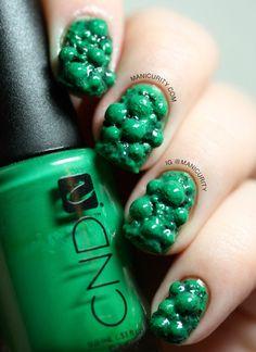 Unpolished Malachite 3D Nail Art | Manicurity
