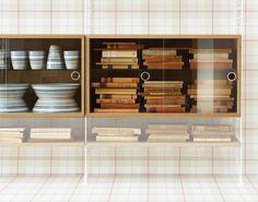 String vitrineskap String - Kjøp møbler online på ROOM21.no