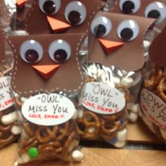 Super cute - great idea for if you have lots of teachers, etc or friends on last day of school... or if you're moving... or.... lol!