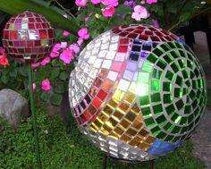 garden art ideas | bowling ball mosaic garden art ideas-6