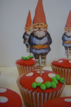 Gnome cupcakes -- I need a reason to have a woodland party. These are so fun!