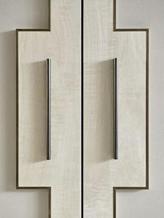 Wardrobe Door Designs, Wardrobe Doors, Built In Wardrobe, Furniture Layout, Furniture Design, Design Your Bedroom, Joinery Details, Bedroom Cabinets, Dressing Room Design