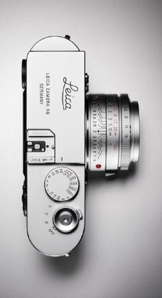 Lots of photography - Leica camera Leica Camera, Camera Gear, Camera Life, Leica M, Camera Hacks, Leica Appareil Photo, Foto Picture, Dslr Photography Tips, Vintage Cameras