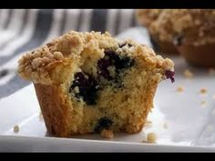 How To Make Blueberry Crumb Muffins! (Collab w Sweetanddelightful!)