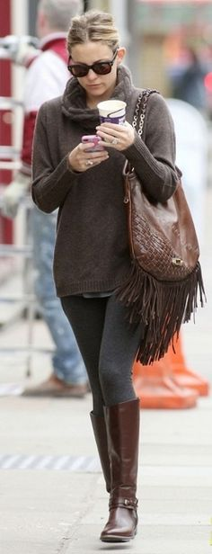 Kate Hudson style...love the fringed bag... #celebrity #fashion