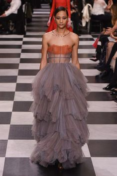 Christian Dior Spring 2018 Couture Collection - Vogue