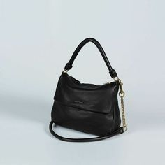 MR GATOR TWIST - Black In store now or email online@sisterboutique.co.nz