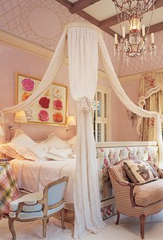 Mario Buatta, one of my favorite designers known as the Prince of chintz.when KK was a little girl I made this bed for her at the top of the staircase Martin Lawrence, Bedroom Decor, Bedroom Bed, Design Bedroom, Bed Room, Guest Bedrooms, Nice Bedrooms, Connecticut, Beautiful Bedrooms