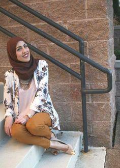 Mustard pants and floral kimono - check out: Esma <3