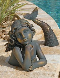 2-Piece Sea Mermaid Garden Decor