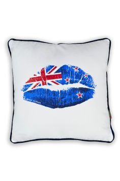 With all the Union Jack stuff I pin, I really should pin one of my own flag . Just as well it also has the Union Jack on it :) Maori Designs, Kiwiana, Union Jack, New Zealand, Cushions, Tapestry, Culture, Love, Peacock