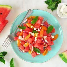 Pomidorowa sałatka z arbuzem i serem feta: soczysta i świeża Feta, Salsa, Mexican, Ethnic Recipes, Salsa Music