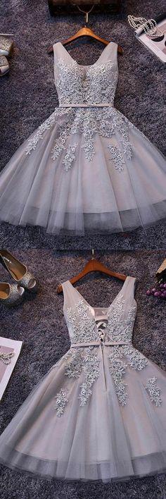 Sleeveless Lace-up Tulle Short homecoming Dress Lace Appliques PG098 #homecomingdress #tulle #shortprom #dress #promdress #partydress #lace #pgmdress