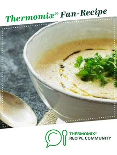 Recipe Celeriac & Parmesan Soup with Pear by bdecourten, learn to make this recipe easily in your kitchen machine and discover other Thermomix recipes in Soups. Parmesan Soup, Celeriac, Recipe Community, Food N, Cheeseburger Chowder, Soup Recipes, Pear, Soups, Desserts