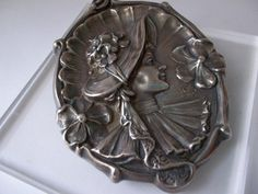 ART NOUVEAU Sterling Silver REPOUSSE Cameo Brooch by #MaisonettedeMadness