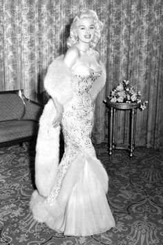 Diana Dors in 1956
