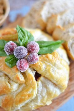 Cranberry and Walnut Brie with Sugared Cranberries http://kitchenmeetsgirl.com/cranberry-walnut-brie/