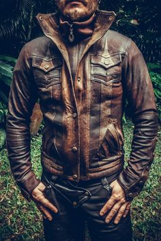 Our all new Alloy jacket is made from only the finest leather, intricately paneled and detailed with our signature hand-carved Anahata button snaps. Features a