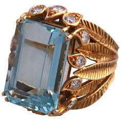 1950s René Kern Aquamarine Diamond Gold Ring