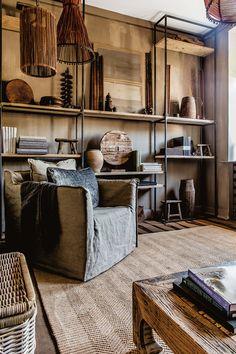 15 Cozy Rustic Living Room Ideas & Design You'll Love Casa Magnolia, Interior Decorating, Interior Design, Rustic Interiors, Interior Inspiration, Inspiration Boards, Rustic Decor, Living Spaces, Living Rooms