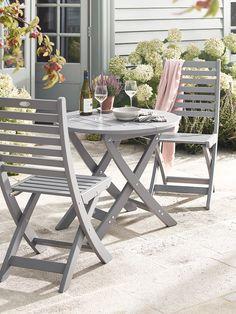 Provence Bistro Set - Dove Grey http://www.uk-rattanfurniture.com/product/ruichenxi-the-outdoor-waterproof-greatroom-vinyl-cover-furntuer-cube-design/