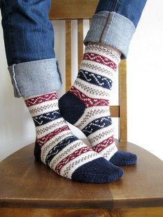 Ravelry: Project Gallery for Ukrainian Socks pattern by Nancy Bush