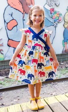 A comfy and cute dress for for a fun filled day at the zoo!