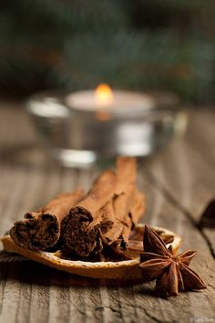 Cinnamon – It has been proven that 99.9% of viruses and bacteria can not live in the presence of cinnamon. So it makes a great antibacterial and antiviral weapon.
